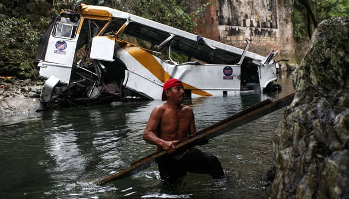 16 dead in football team's bus crash in Mexico