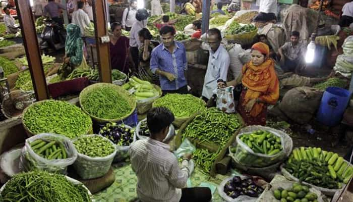 December retail inflation inches up for 5th month to 5.61%