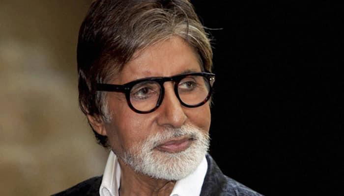 Amitabh Bachchan 'nostalgic' while playing football with kids