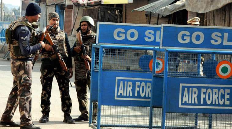 Chinese wireless set recovered from vehicle outside Pathankot airbase by NIA