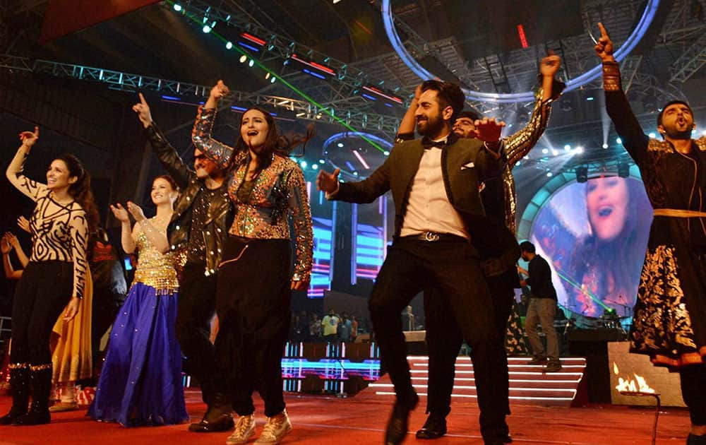 Bollywood actors Ayushmaan Khurana and Sonakshi Sinha perform during Saifai Mohotsav in Saifai.