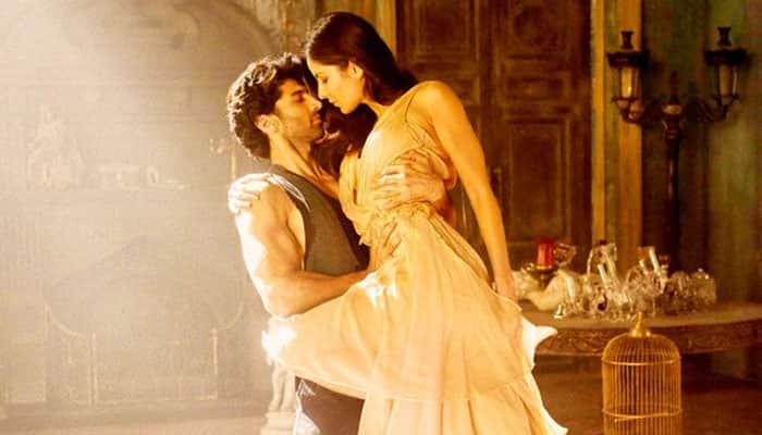 Katrina Kaif, Aditya Roy Kapoor's steaming hot chemistry is magical in 'Pashmina' – Watch