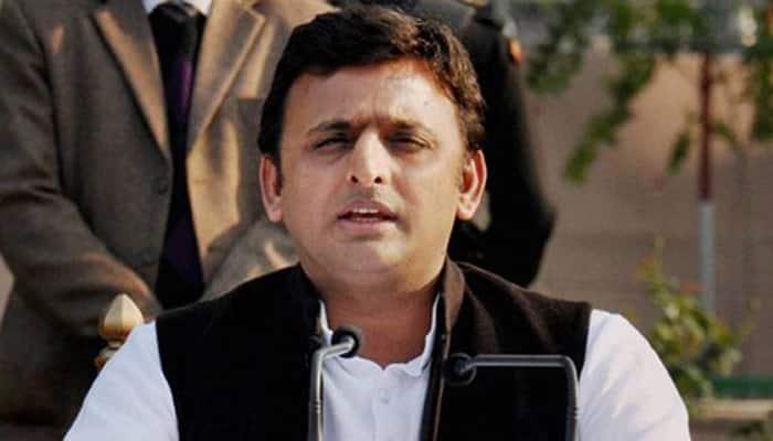 Is Akhilesh Yadav in control of Uttar Pradesh govt?