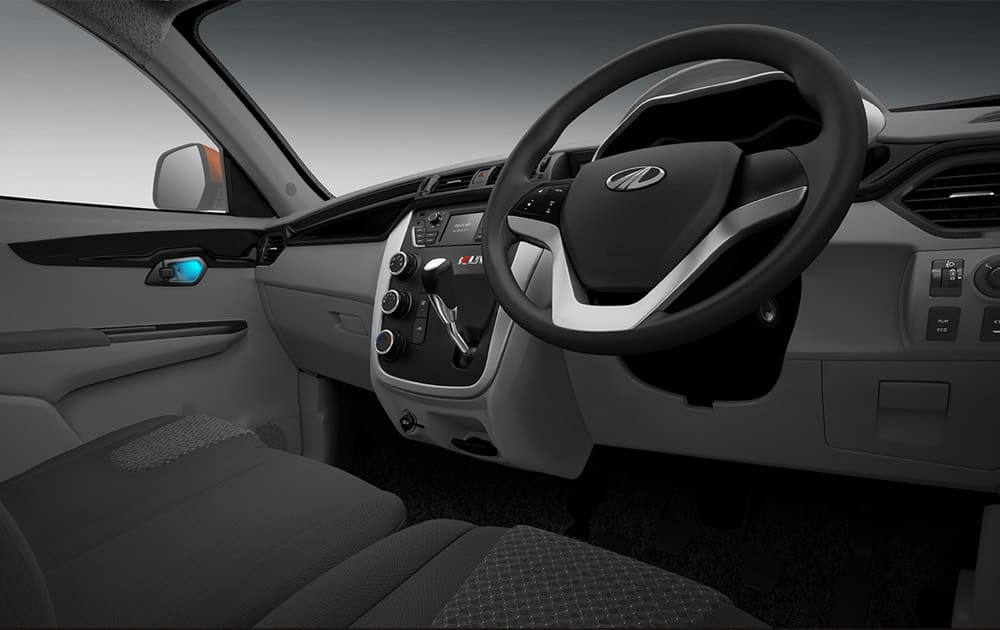 Premium dual-tone interiors with piano black inserts.