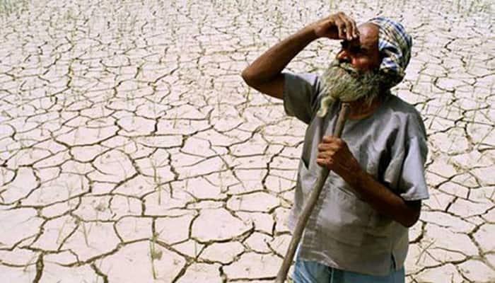 Maharashtra farmer invites people for last rites, commits suicide next day