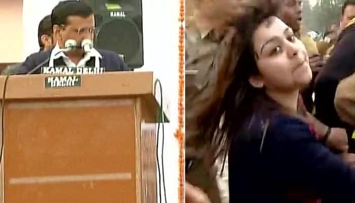 Aam Aadmi Sena's Punjab in-charge Bhavna Arora threw ink on Arvind Kejriwal due to 'CNG scam'? - Watch