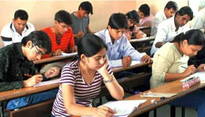 One lakh fewer JEE (Main) aspirants in 2016