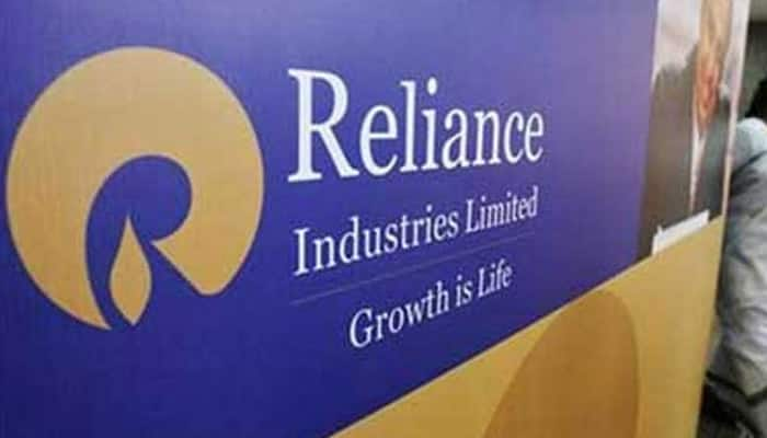 RIL Q3 profit soars 38% to record Rs 7,290 crore