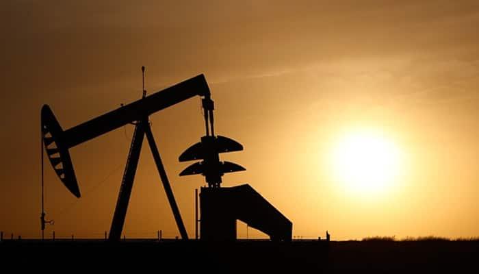Oil heads towards $27 per barrel as IEA warns market could 'drown in oil'