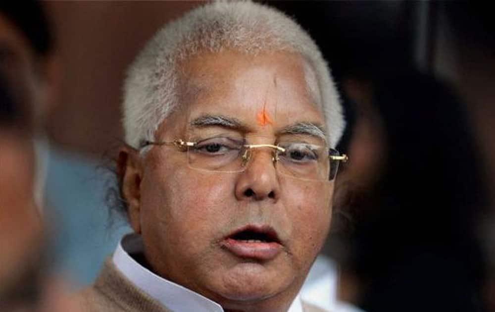 BJP attacks Nitish Kumar for withdrawing case against Lalu Yadav, sons