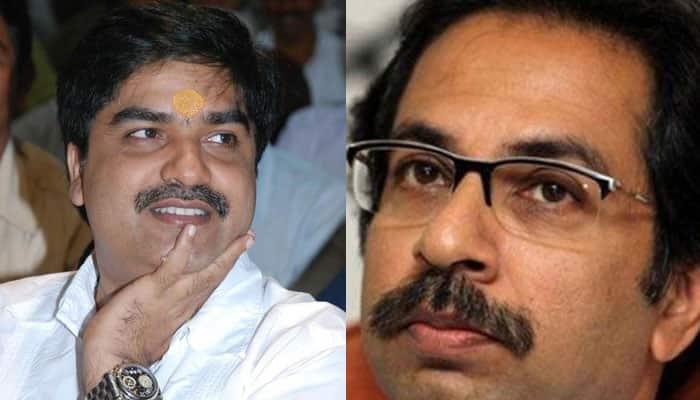 Embarrassment for Shiv Sena as 'Dopaharka Saamana' ex-executive editor joins BJP