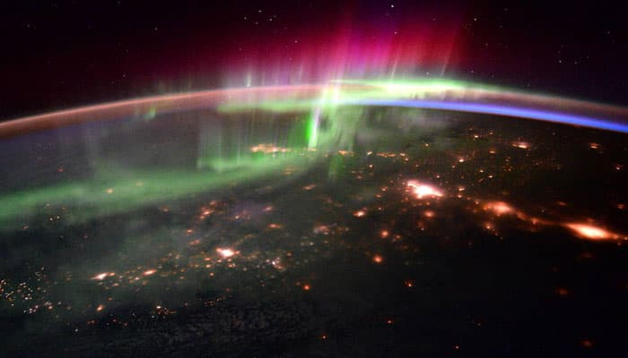 See pic – Stunning aurora and the Pacific Northwest as seen from ISS!