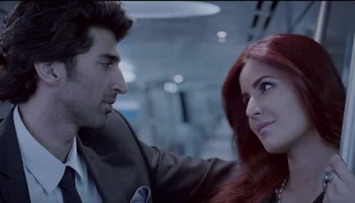 Katrina Kaif, Aditya Roy Kapur's passionate love in 'Tere Liye' from 'Fitoor': Watch song