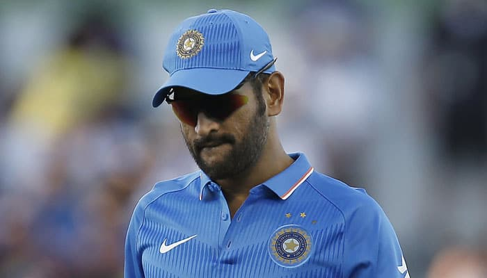 Mahendra Singh Dhoni in danger of overstaying his time as captain: Ian Chappell