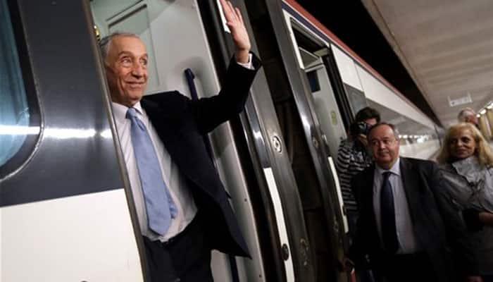 Portugal picks center-right president for center-left govt