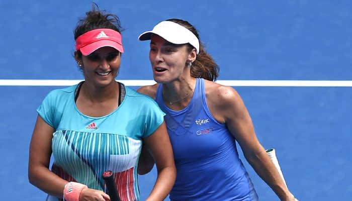 Sania Mirza-Martina Hingis duo wins 33rd consecutive match, rolls into Australian Open QF