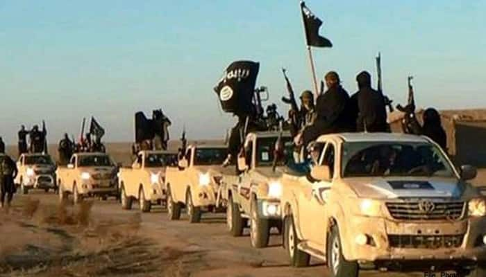 'Paris Has Collapsed': ISIS video shows 'Paris attackers' carrying out beheadings; threatens UK - Watch