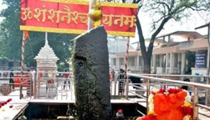 Maharashtra CM Fadnavis backs women on Shani ​Shingnapur temple row