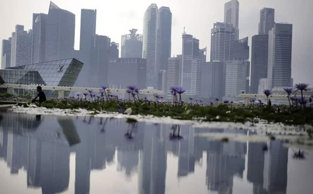 8. Singapore 85