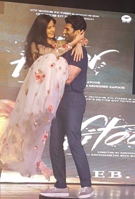 UTV Motion Pictures :- They make it look so effortless! #Pashmina love! #FitoorAtNM #KatrinaKaif #AdityaRoyKapur #Fitoor -twitter