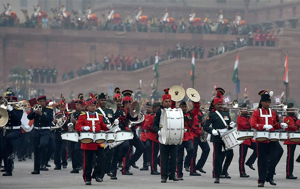 Tri-services band perform during the full dress rehearsal for the Beating Retreat ceremony, in New Delhi.