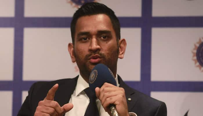 Lord Vishnu cover row: Relief for MS Dhoni as SC stays arrest warrant proceedings