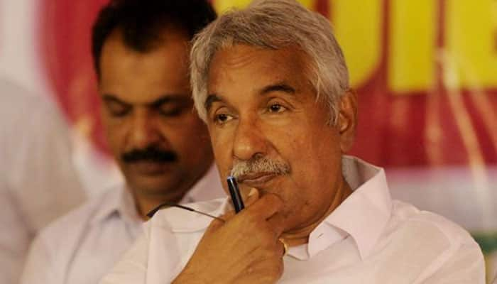 Massive protests in Kerala as Oommen Chandy refuses to quit over FIR in Solar Scam