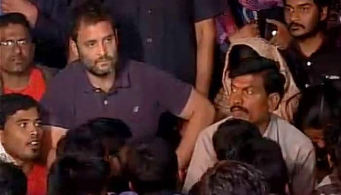 Rahul Gandhi reaches Hyderabad University to join candlelight march on Rohith Vemula's suicide issue