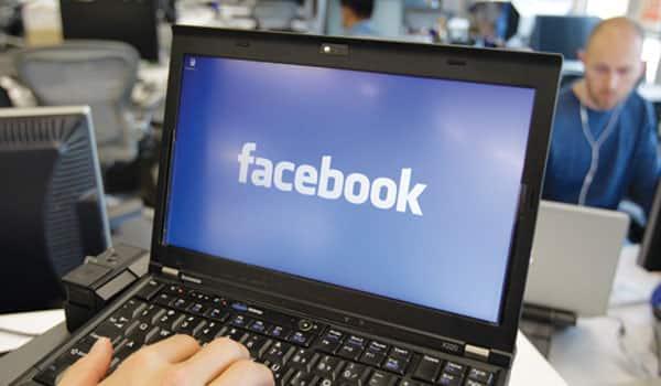 Facebook blocks unlicensed gun sales