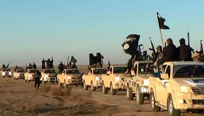 French-speaking jihadist executes 'apostates' in new Islamic State video