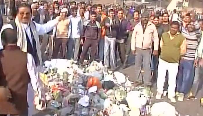 No end to garbage politics in Delhi as MCD workers' strike enters sixth day