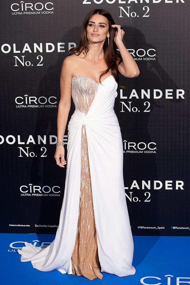 Spanish actress Penelope Cruz poses for the photographers during the premiere 'Zoolander 2' in Madrid, Spain.