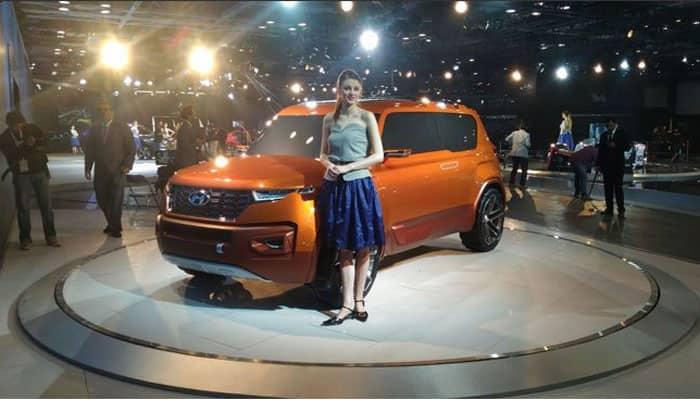 Hyundai India unveils SUV Tucson.