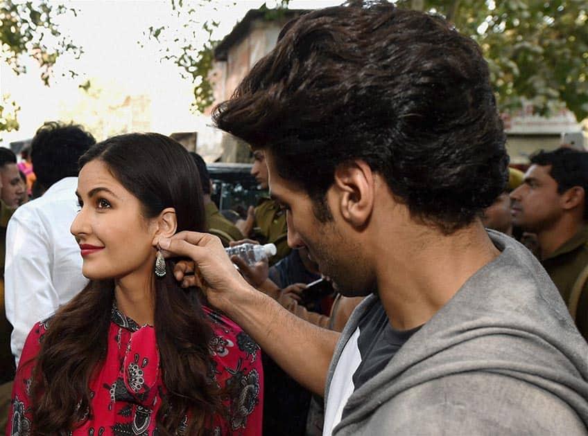 Actors Katrina Kaif and Aditya Kapur promote their upcoming film Fitoor at Janpath Market in New Delhi.
