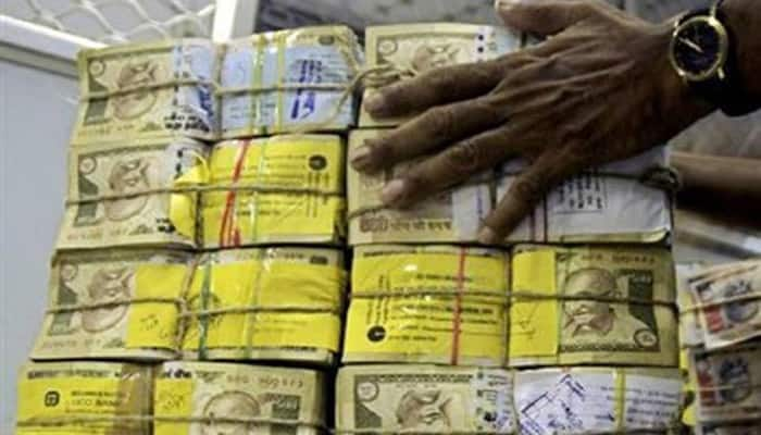 Rupee again breaches 68-mark, down 26 paise in early trade