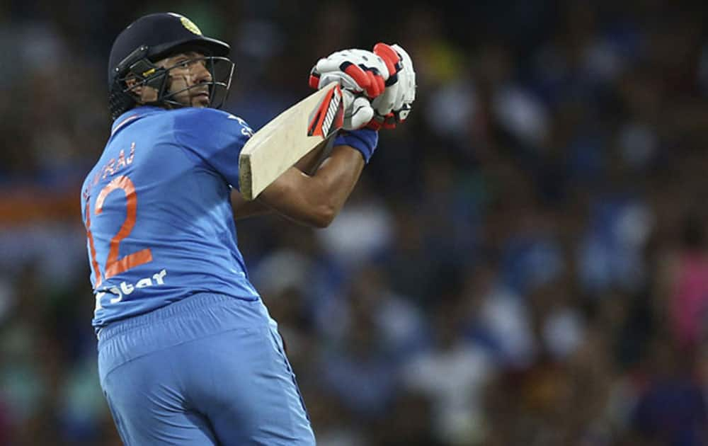 With total of 7 hits over the fence, Yuvraj Singh holds the record for most sixes in Indo-Pak T20I clashes.