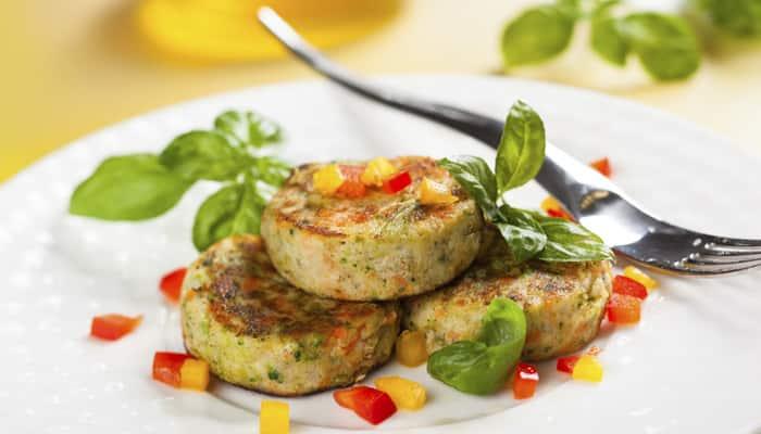 Recipe: How to make 'Aloo Poha Tikki'—Watch it here!