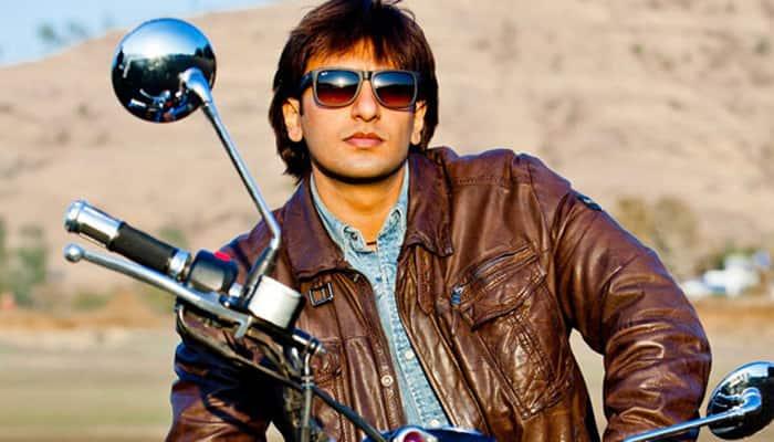 'Paris bound' Ranveer Singh gears up for 'Befikre'