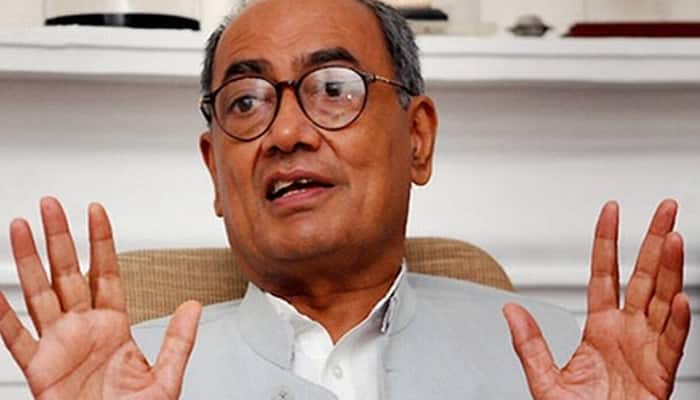 Digvijaya Singh drops another Irani bomb, says she wanted to join Congress before BJP