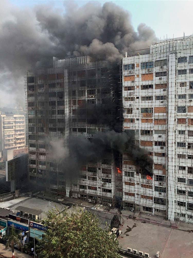 A major fire that broke out in Tirupati Apartments near Mahalaxmi Temple in Mumbai.