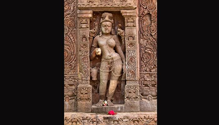 Symbolism behind Lord Shiva's Ardhanarishwara form