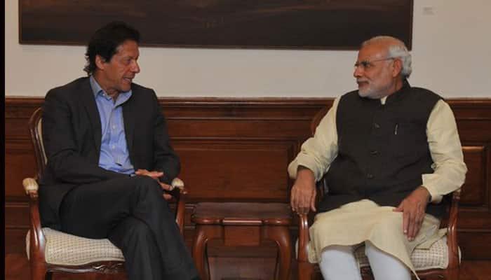 Pakistan's Imran Khan praises PM Narendra Modi for honesty, good work; video goes viral - Watch