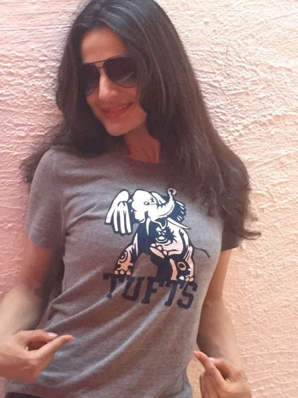 A friend from Tufts just got me a cute tee from my Boston campus.. Loved studying there - twitter@ameesha_patel