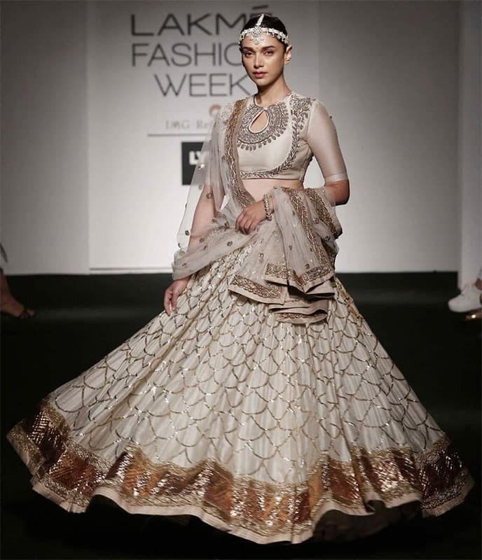 Your first show at @LakmeFashionWk... Love you and your beautiful clothes... Hyderabad at its best @jayantireddy14 Twitter@aditiraohydari