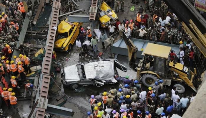Kolkata flyover collapse toll 26; Opposition slams Mamata Banerjee