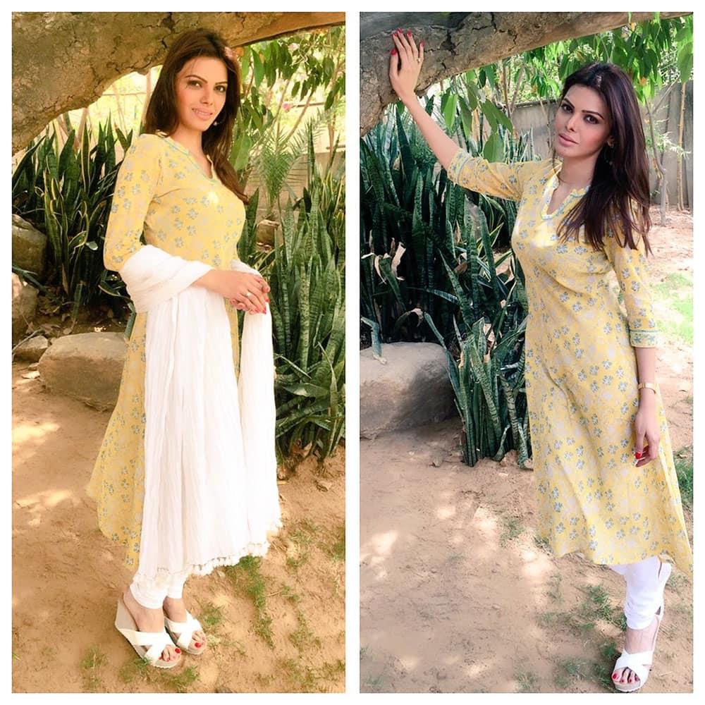 SHERLYN CHOPRA :- At Ananta Spa & Resorts in Pushkar ❤ #SoulfulSunday -twitter