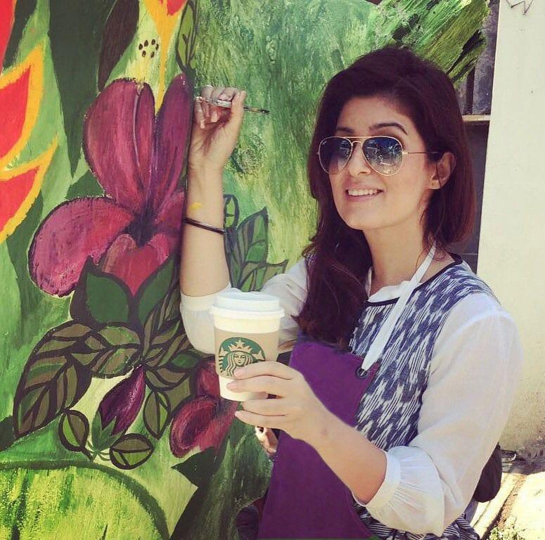 My 'painting trees companion' Tall Strawberry Red Velvet Mocha to buoy spirits #MyMood #MyStarbucks @StarbucksIndia Twitter@mrsfunnybones