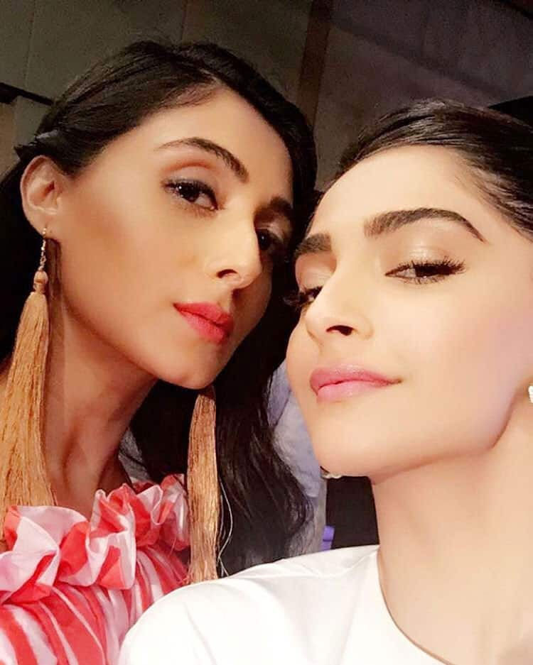 Pernia Qureshi :- ❤ #aboutlastnight @sonamakapoor -instagram