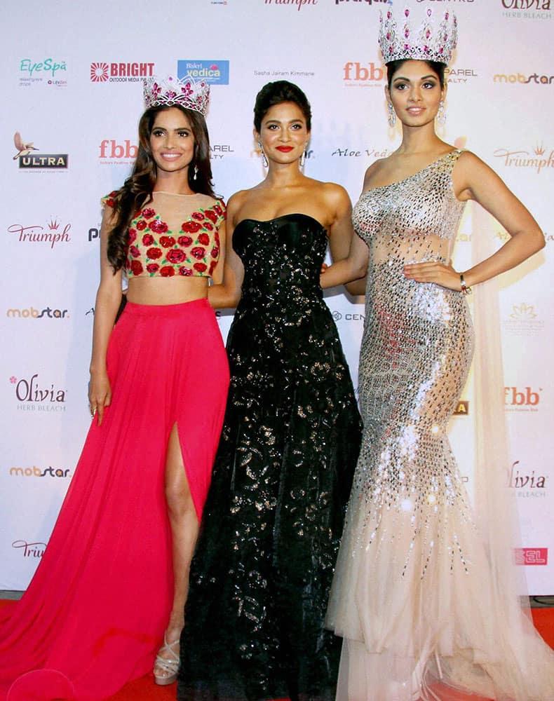 Miss India 2015 Aditi Arya (C) Aafreen Rachel Vaz, (R) and Vartika Singh, Fbb Femina Miss India 2015 pose during Femina Miss India Grand Finale 2016 in Mumbai.