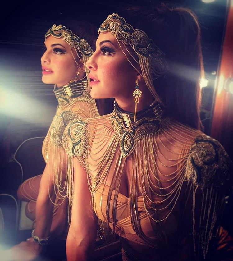 Jacqueline Fernandez:- Femina Miss India 2016 you were all so beautiful! All the best!! @shaleenanathani @shaanmu @wizcraft_india @rjanahavi @timesofindia ❤ -instagram
